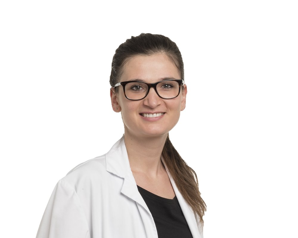 Irena Zubak, M. D. - Irena Zubak is a neurosurgical resident at Inselspital, Bern University Hospital in Switzerland. Her special interests include the treatment of brain tumor patients and the search for its improvement.