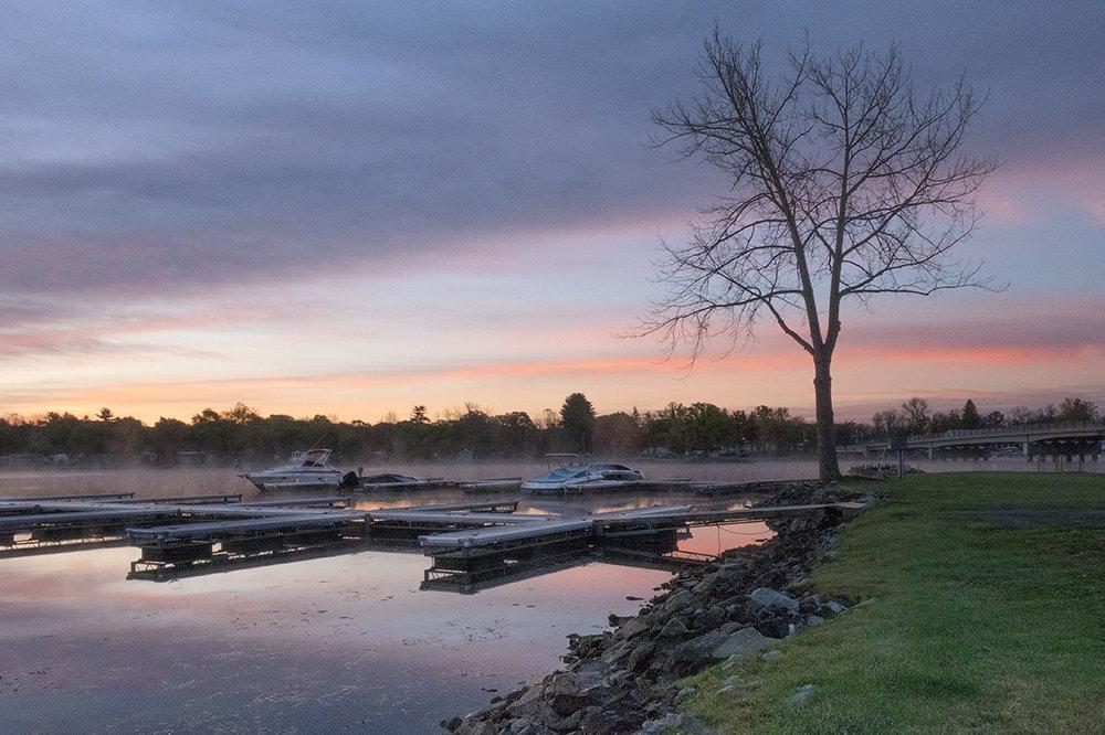 Sunrise at Lake Saratoga
