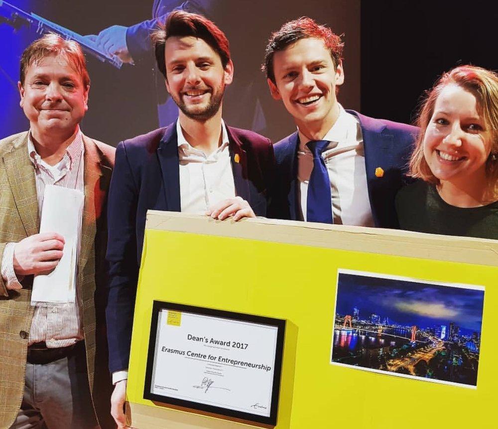 ECE award 2017.jpg