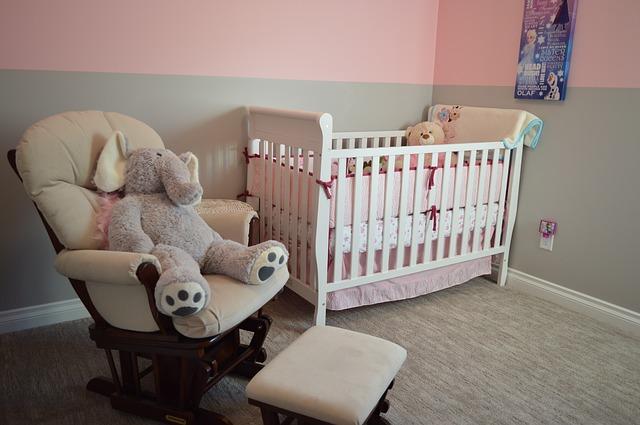 nursery-1078923_640.jpg