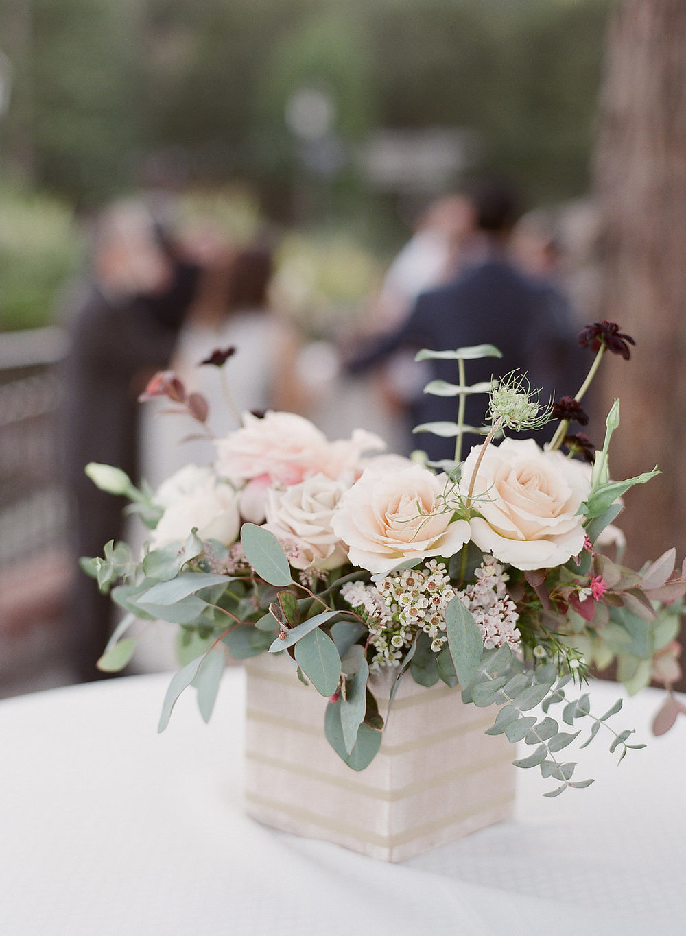 cocktail-flowers-mountain-winery-wedding-JennySoiPhotography.jpg