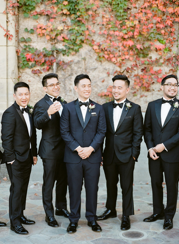 groomsmen-boutonnieres-JennySoiPhotography.jpg