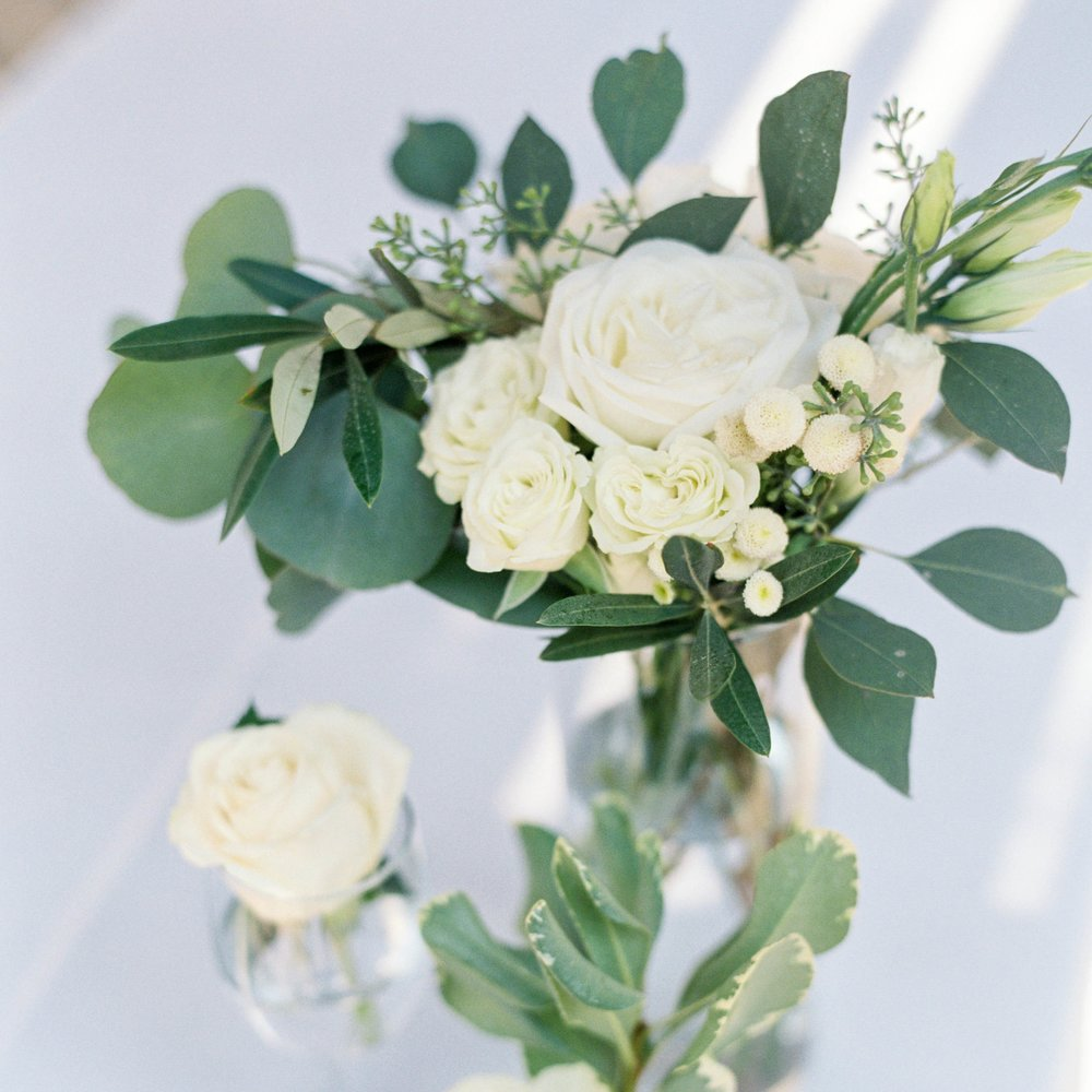 Meghan-mehan-Presentation-Center_Wedding-flowerstory.jpg