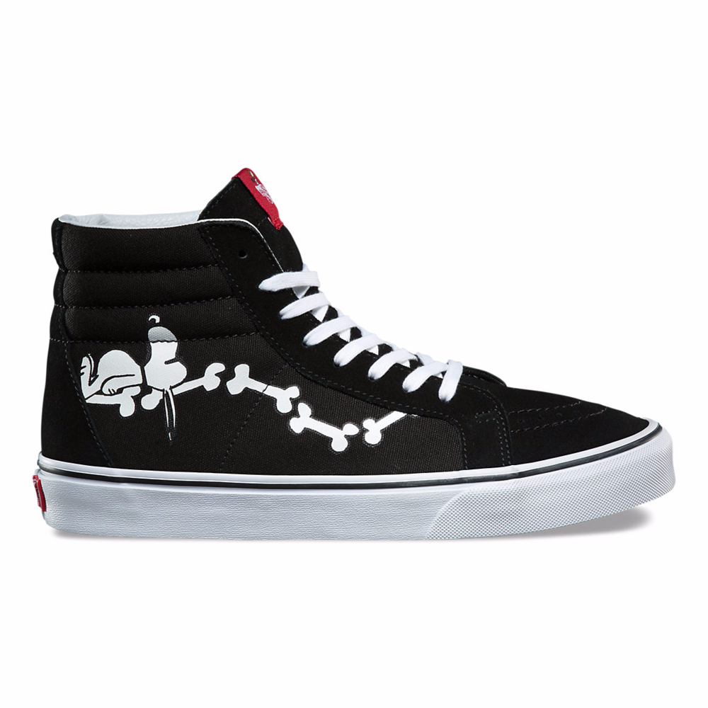 peanuts shoes snoopy