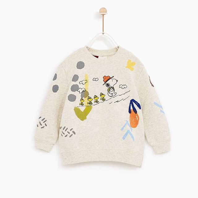Good grief! There are some amazing Peanuts products on the market for kids right now. Including an adorable Woodstock costume! Shop Charlie Brown and the gang now, link in bio. This sweatshirt from @zarakids ( ˘ ³˘) xo #ifounditforyou