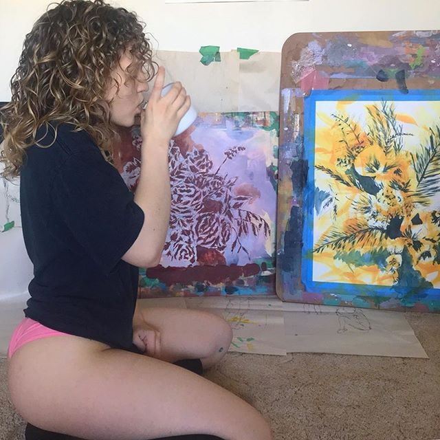 In my natural habitat 🎨🎨 ~ I'm currently accepting tea recommendations. Tell me you're favourite teas(or hot drinks) in my stories! ☕️☕️ ~ #creatingsunflowers #mystudio #markmaking #naturallycurlyhair #curlybeauties #homeinthestudio #coloraddict #strongfit #fitnessenthusiast #collectart #originalpainting #colormehappy #workingprocess #intuitiveart #decorativeart #girlgains #worksonpaper #modernartist #womenwhopaint #girlgains