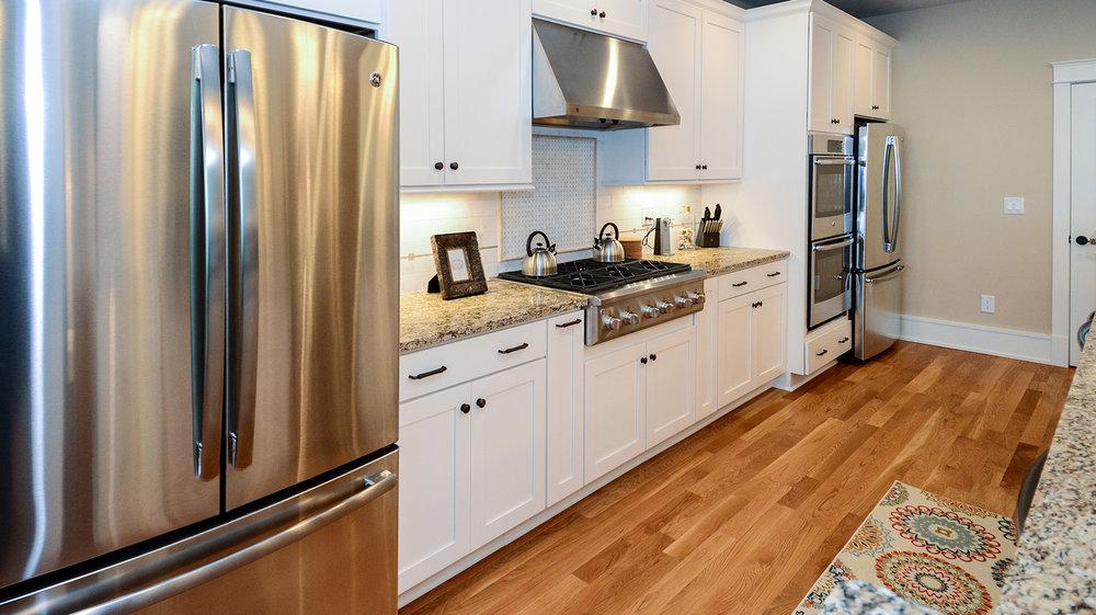 KD1111-kitchen1.jpg