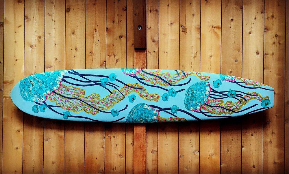 """Surfboard"""
