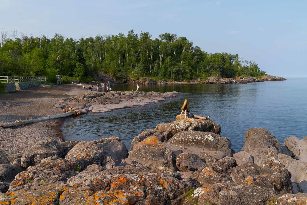 Temperance River shoreline rocks