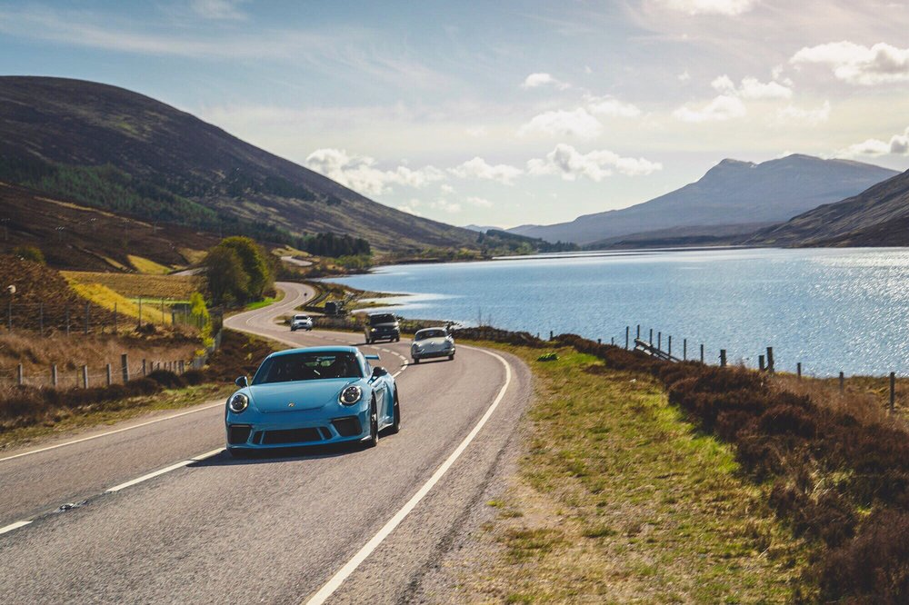 Porsche GT3 Miami Blue