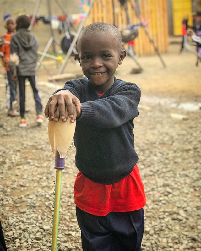 Smiles for sticks!⠀ ⠀ Staff donation thanks to @flowtoys⠀ @nakuru_hope_org  #SponsorAStaff #Socialcircus #atriskyouth #movementart #personalawareness #encourageexpression #discipline #fostercommunity #selfesteem #physicalcoordination #communication #adaptabilityskills #portrait #fidgetstick #childrensportrait #community #youthworkshops #workshops #performances #pwbkenya2018 #youthcoach #youthflow #gabrielslearningcenter #performerswithoutborders #kenya #nakuru #children #downwiththestickness #contactstaff