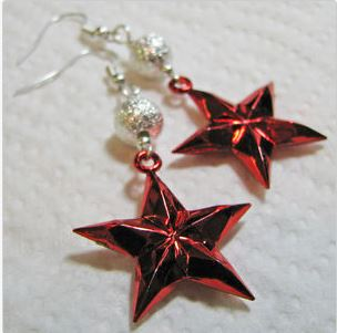red star earrings.JPG