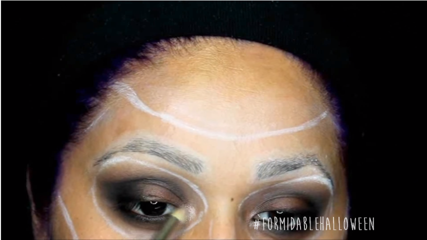 10 light pink gold eye shadow for tear ducts.png