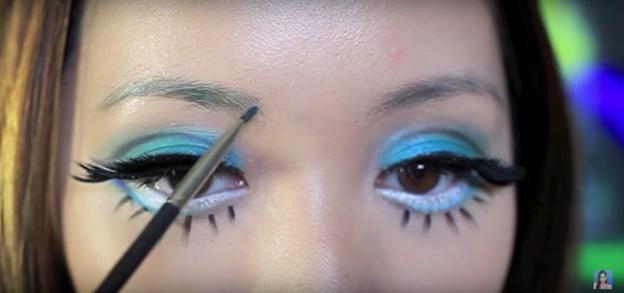 12 makeup.png