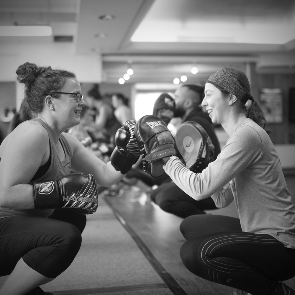 special programs - Our challenges arern't easy, but damn worth it ! These programs give beginners and fitness challengers a full boxing experience with drastic results.