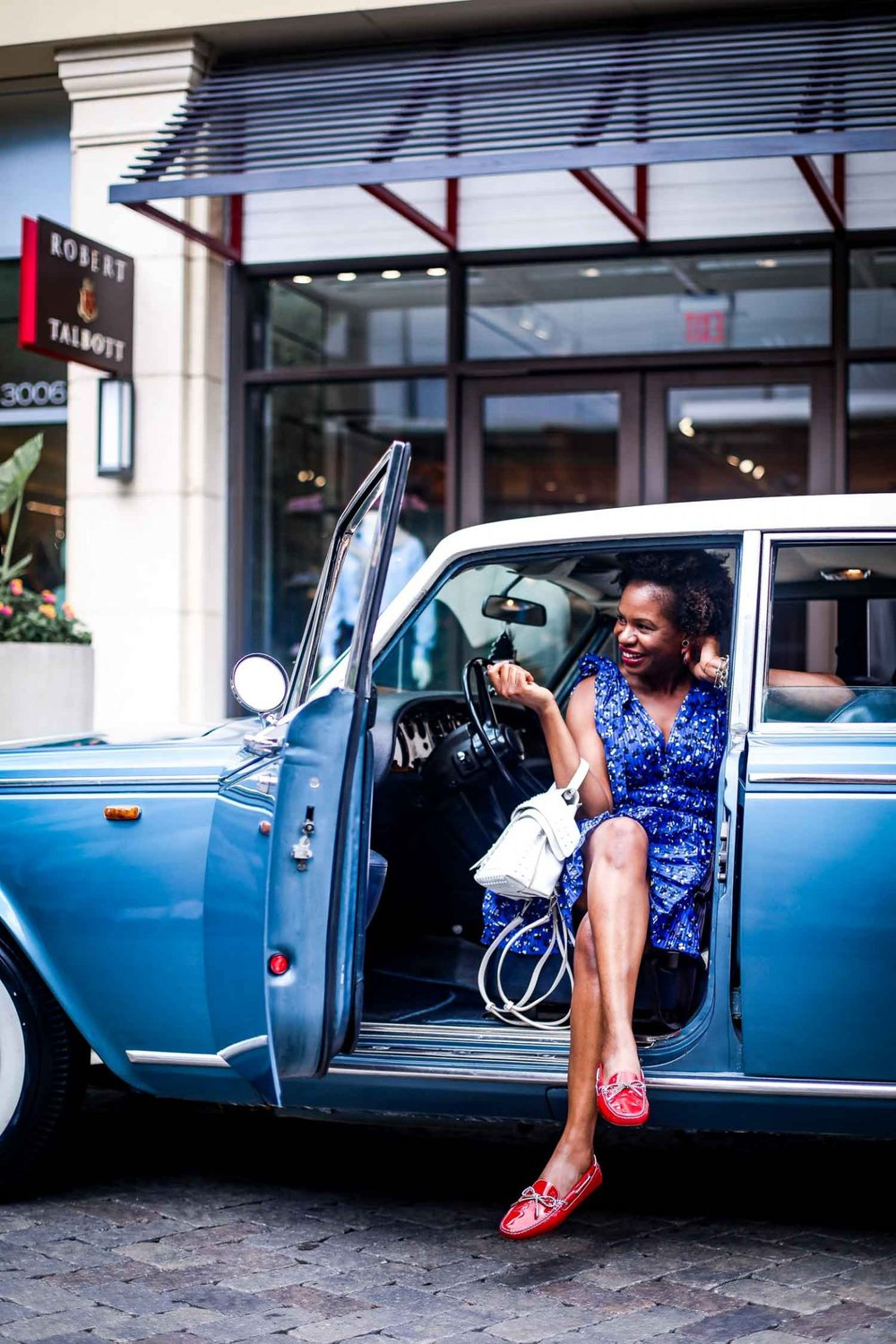 Atlanta-blogger-wearing-Tod's-Gommino-Driving-Shoes-and-Tod-white-bag-in-a-Rolls-Royce-8-1440x2160.jpg