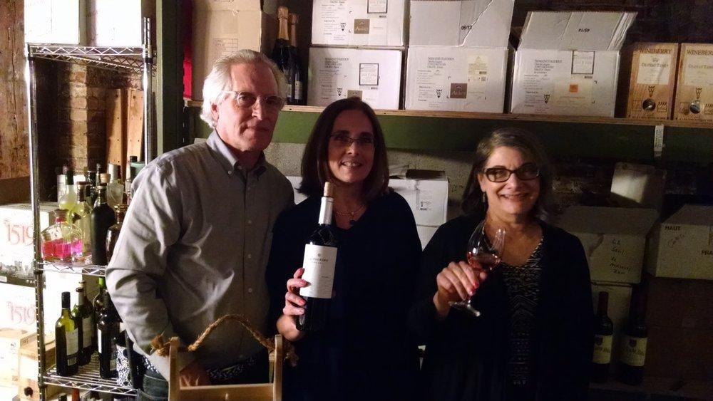 Joe Barsotti, his sister Patty, and wife Ruth.jpg