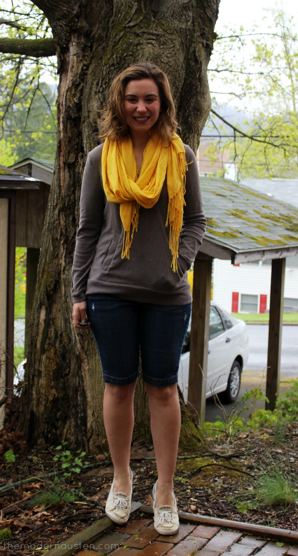 Lemon Zest Scarf Sweatshirt Jean Shorts 2
