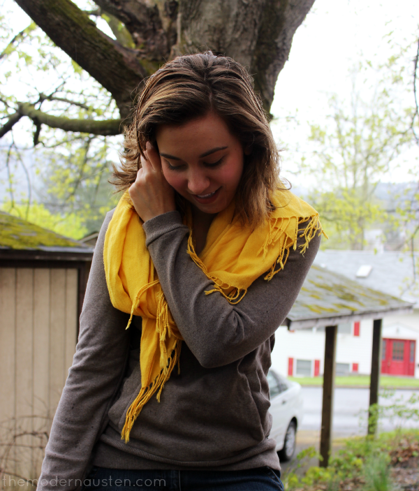 Lemon Zest Scarf Sweatshirt and Jean Shorts 3