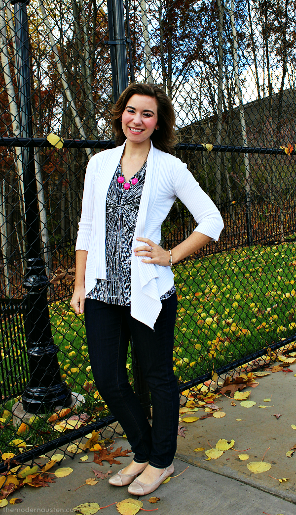 White Cardigan Gray Blouse Jeans Pink Necklace 1