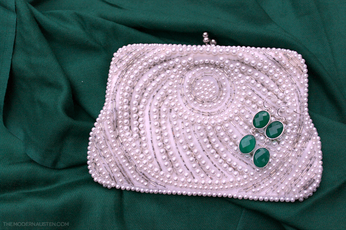 Natural Green Onyx Statement Earrings MDC Artistic Designs with vintage pearl clutch