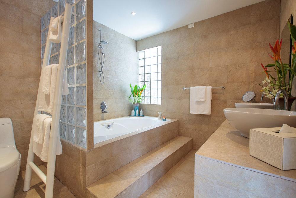 20130706-Bathroom_2_jasmine-002.jpg