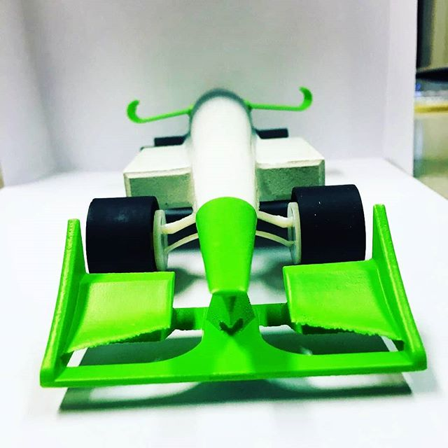 Great to be sponsoring and helping @team_the_exception with their F1 in schools project! Go Team #engineering #stem #f1inschools #3dprinting
