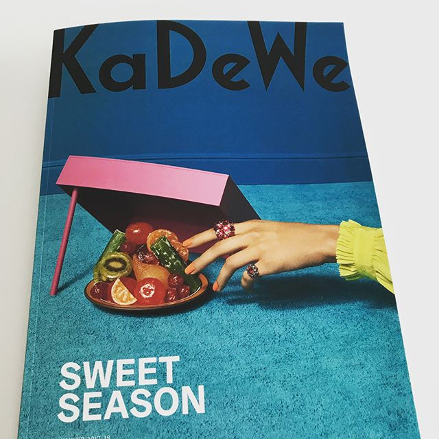 The Sweet Season begins @kadewe_berlin and we are in 🖤🖤 #oolongvonrippel #luxurytea #delicious #teaparty #luxuryfood #heartwarming #xmas #berlinshopping