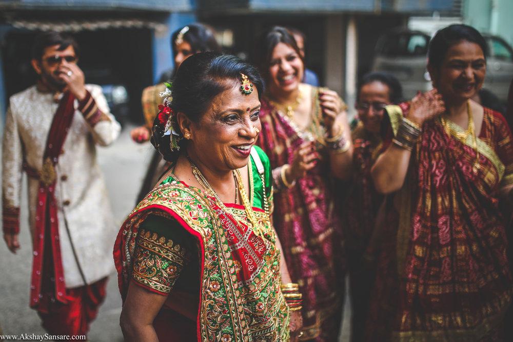 Akshay Sansare Photography Kunal x Shrutika best candid photographers in mumbai(24).jpg