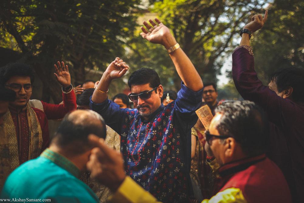 Akshay Sansare Photography Kunal x Shrutika best candid photographers in mumbai(27).jpg