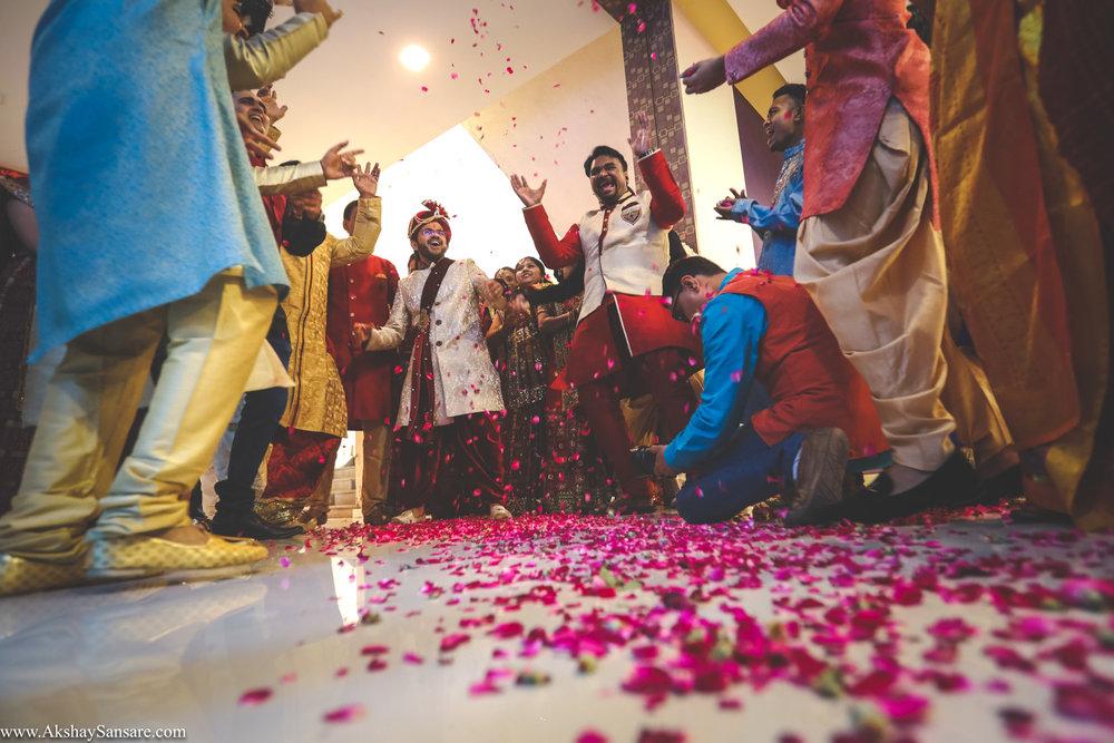 Akshay Sansare Photography Kunal x Shrutika best candid photographers in mumbai(31).jpg