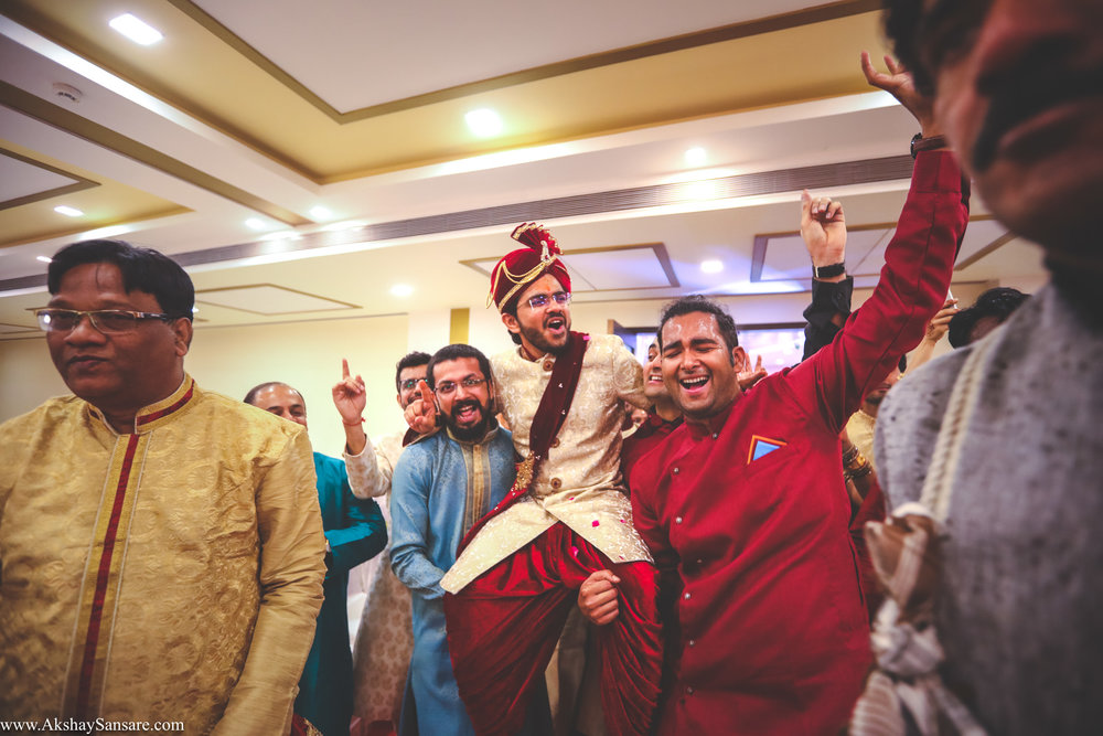 Akshay Sansare Photography Kunal x Shrutika best candid photographers in mumbai(32).jpg