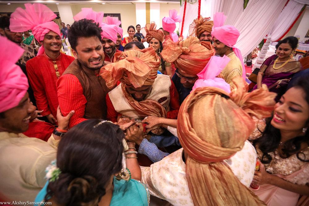 Akshay Sansare Photography Kunal x Shrutika best candid photographers in mumbai(60).jpg