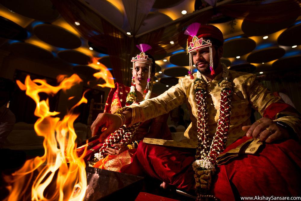 Aditya x Poonam Blog Akshay Sansare Photography Candid Photographer in Mumbai Best Cinematic wedding film filmer-17.jpg
