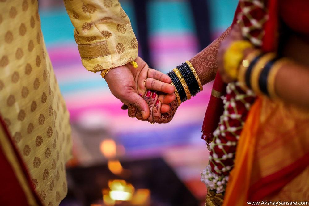 Aditya x Poonam Blog Akshay Sansare Photography Candid Photographer in Mumbai Best Cinematic wedding film filmer-19.jpg