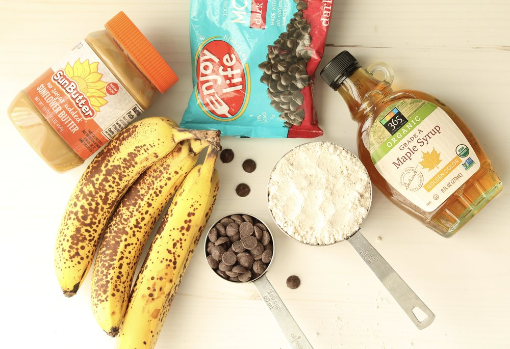 VeganBananaMuffinsIngredients.jpg