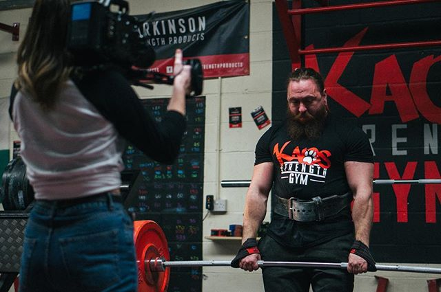 Having a flick through some BTS pictures from a few days ago when we spent the morning filming the 2 incredible individuals behind @kaosstrengthgym