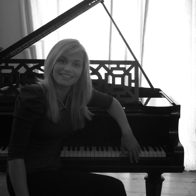 Rita Mihailovska - piano and singer teacher.jpg