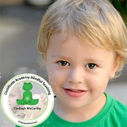 eline snel mindfulness for children program instructor logo.jpg
