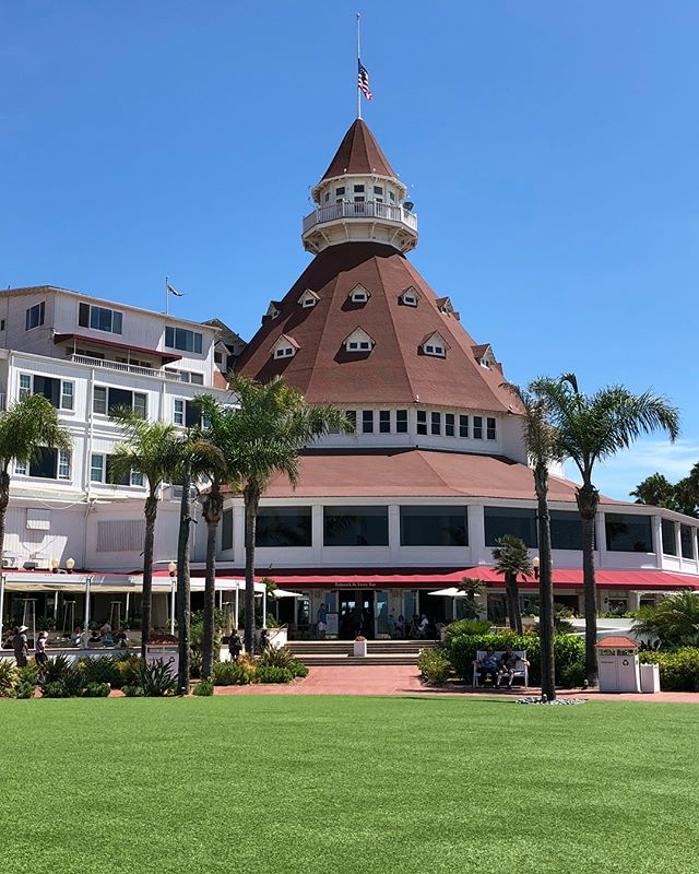 A few from the Hotel del Coronado. Some shots showing the gorgeous interior are in my stories.  #SanDiego #HoteldelCoronado