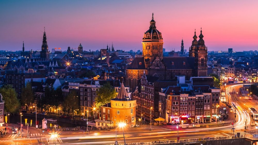 Amsterdam-lead-1366x768.jpg
