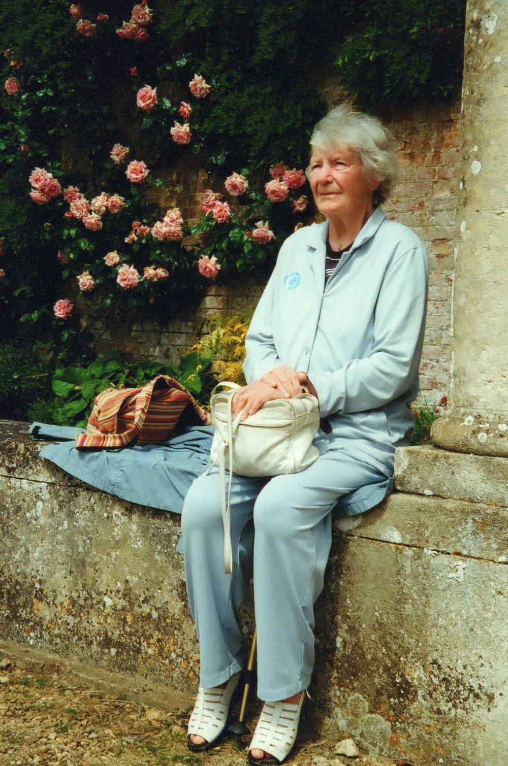 46 Mum Roses.jpeg