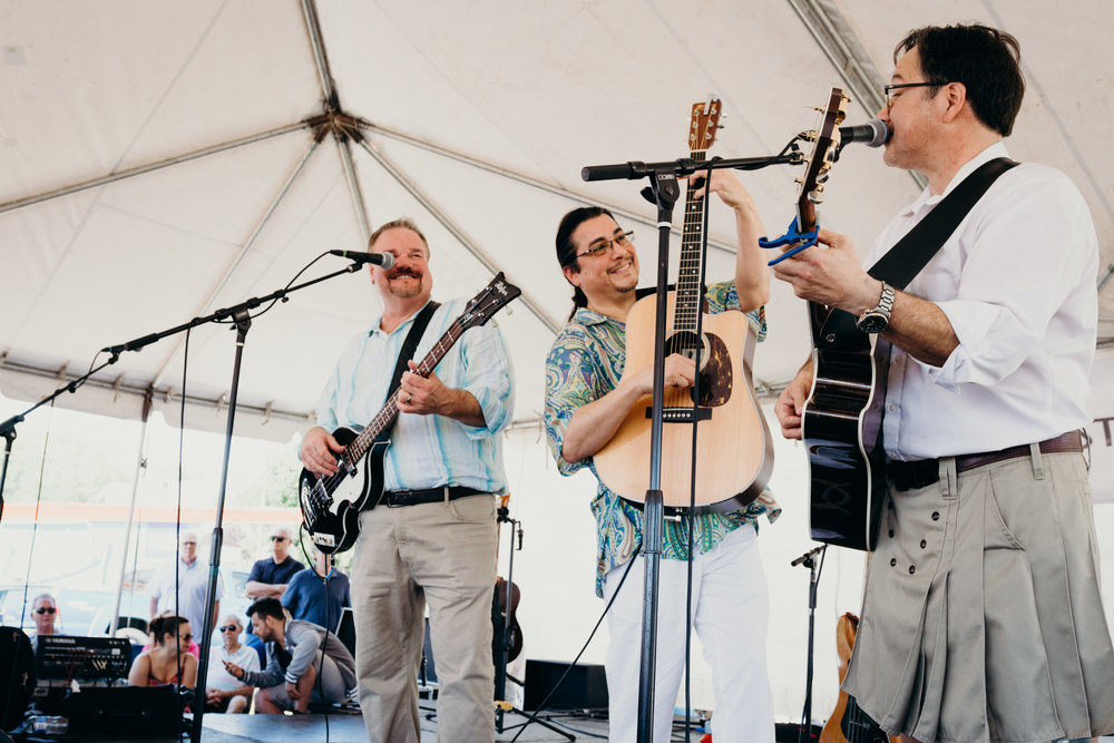 Edgar Cruz & The Brave Amigos | Paseo Arts Festival 2017