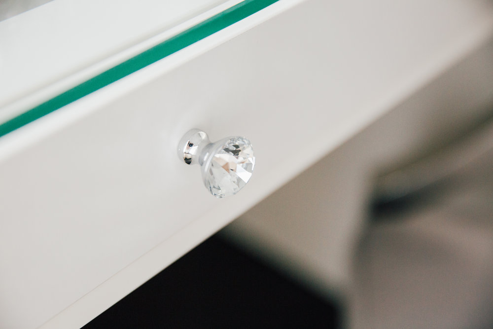 Crystal Detailed Drawer Knobs -