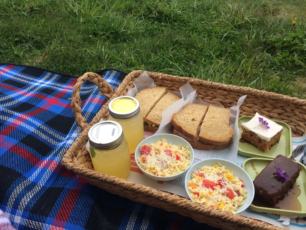 ferryland lighthouse picnic meal