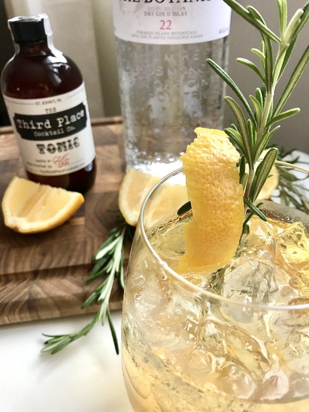 Third place tonic cocktail company st. john's newfoundland christmas holiday recipe lemon rosemary gin