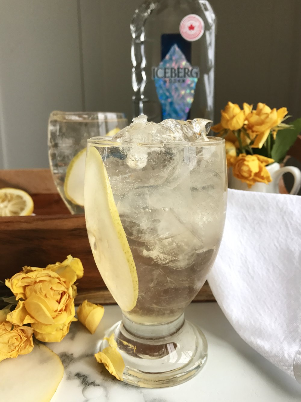 pear iceberg vodka cocktail lemoncello