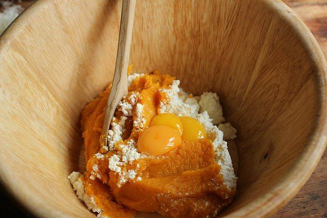 homemade-pumpkin-gnocchi-043.jpg