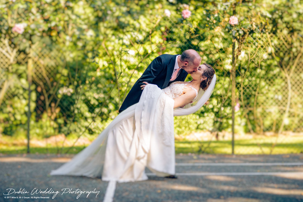 Marlfield House Wedding Bride & Groom