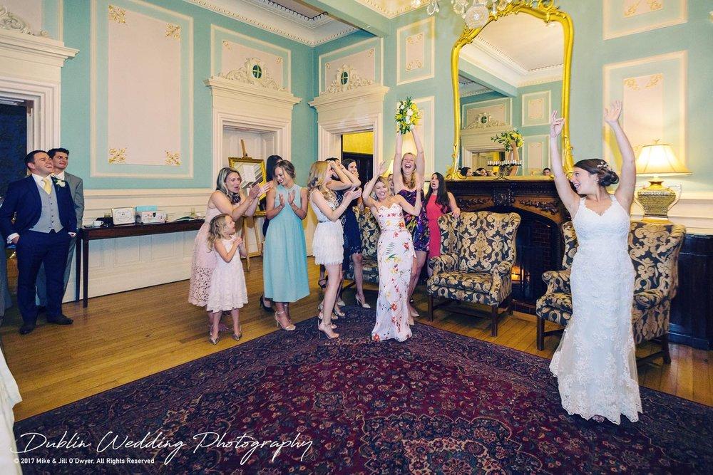 Killashee Hotel Wedding Photographers Kildare Catching The Bouquet